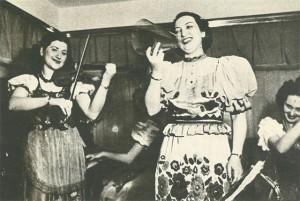 Türkiye'de eğlence dünyasında kadın sahnede